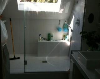 Douche sous toiture
